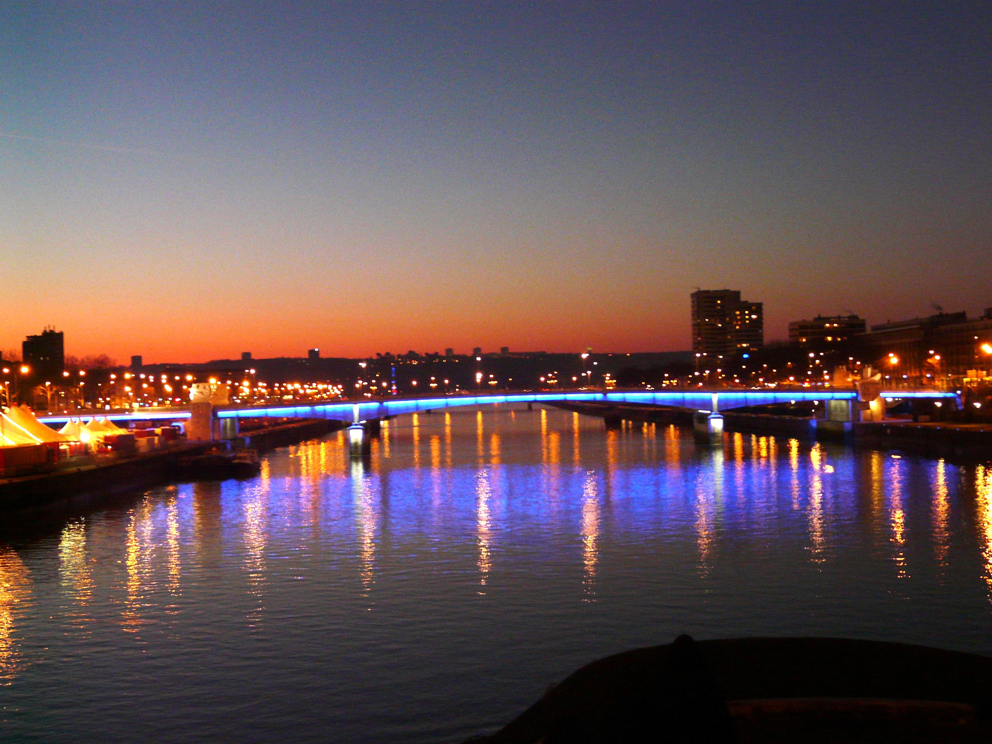 Rouen capitale de la normandie for Piscine a rouen